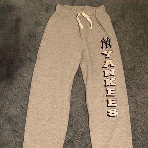 NEW YORK YANKEES SWEAT PANTS